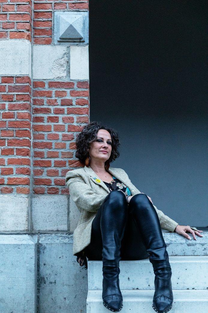 Nikkie Van Lierop.
