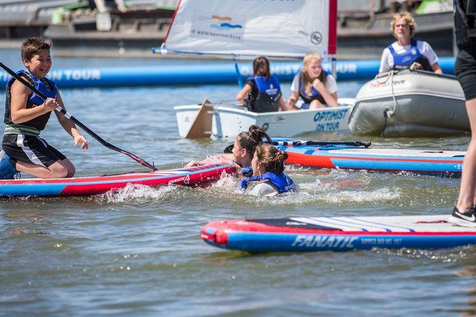 Kinderen konden op de eerste dag van het Baggerfestival kennismaken met verschillende watersporten.