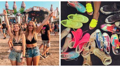 Showbits. Tinne Oltmans op een zomers festival en van wie is deze schoenencollectie?