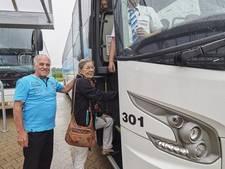 Busreizen, Piet en Tonnie kunnen er maar niet genoeg van krijgen