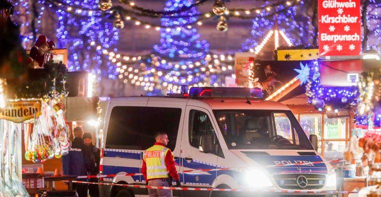 De kerstmarkt in Potsdam werd gisteren ontruimd.