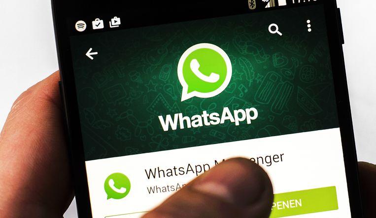 De politie Het Houtsche gebruikt al enkele jaren WhatsApp. (illustratiebeeld)