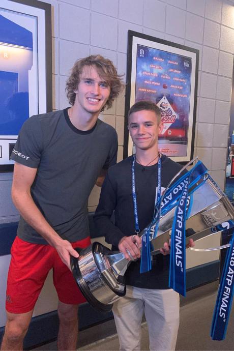 Romeo Beckham trots op idool Zverev, Bouchard op stap in Miami