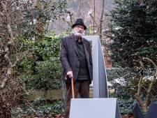 Bijna was het zover: een expositie van 87-jarige kunstenaar Frits Vanèn, maar hij ziet er vanaf