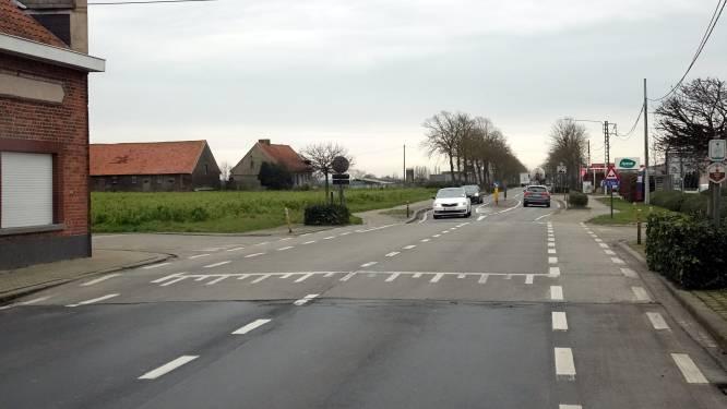 """Kruispunt Brugseweg met Oude Bosweg/Waterstraat heringericht: """"Er waren al verschillende ongevallen"""""""