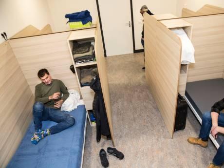 Honderd Rotterdamse daklozen krijgen versneld eigen woonplek