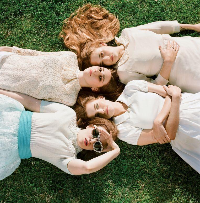 Girls: 'De levens van de meiden slurp ik helemaal op.' Beeld