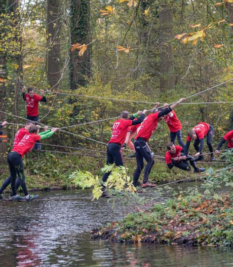 Survivallen in de regen in Vollenhove: 'Het is nog nooit zo druk geweest'