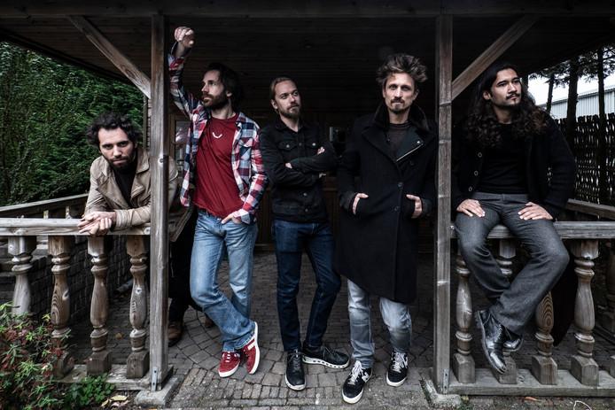 De Nijmeegse rockband Navarone doet mee aan The Voice of Holland.