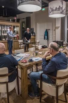 Toneelgroep In de Kèkert neemt even bezit van Esbeekse kerk