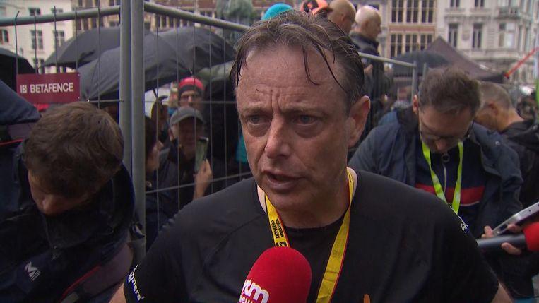 Bart De Wever bij de aankomst