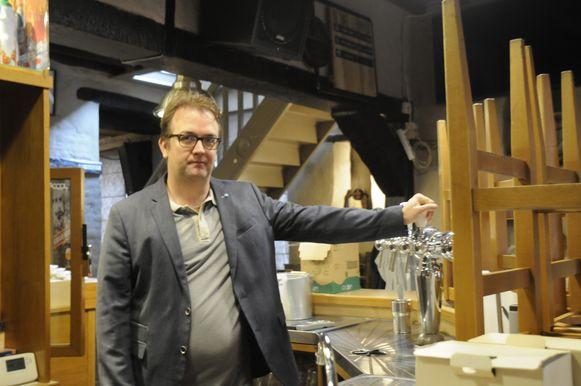 Jurgen Smets neemt met pijn in het hart afscheid van zijn geliefd café