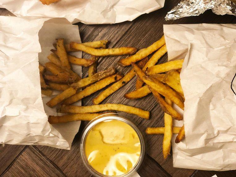 De koude friet is de prijs absoluut niet waard Beeld Monique van Loon
