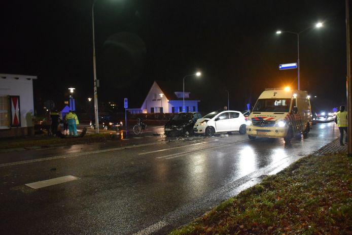 Twee auto's kwamen met elkaar in botsing in Groesbeek.