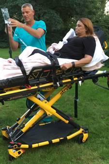 Dorien brak haar benen door kuil in grasveld, maar is de gemeente verantwoordelijk?