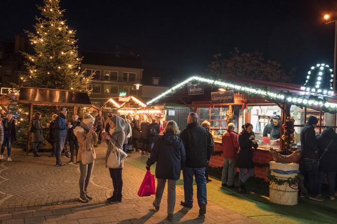 Kerstmarkt in het centrum van Kleef.