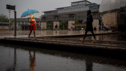 De paraplu waaronder de zon áltijd schijnt