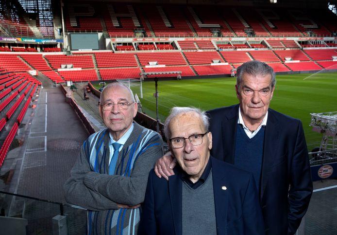 Drie topmannen van PSV in de jaren tachtig: voorzitter Jacques Ruts, penningmeester Harry van Raaij en commercieel manager en voetbalman Kees Ploegsma.