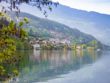 Nederlandse vrouw (74) tijdens zwemmen in Oostenrijks meer overleden door hartaanval