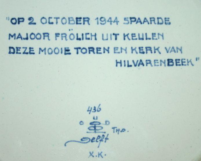 Tekst op achterzijde van het Delftsblauw bord dat Gerard Kuijpers in flinke oplage liet maken om eraan te herinneren dat hij de kerktoren van Hilvrenbeek op 2 oktober 1944 heeft gered.