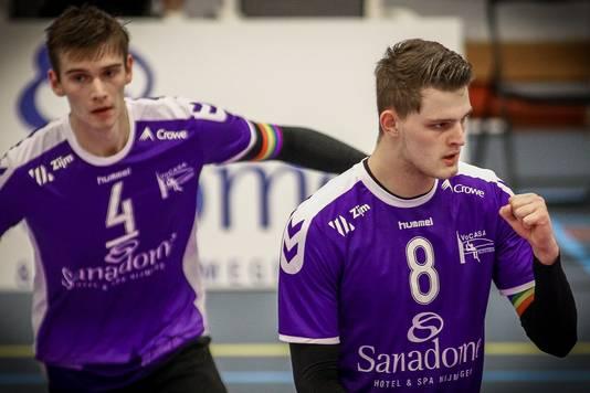 Vocasa-aanvoerder Colin Zuijdgeest en middenspeler Jesper van Muijden op archiefbeeld.