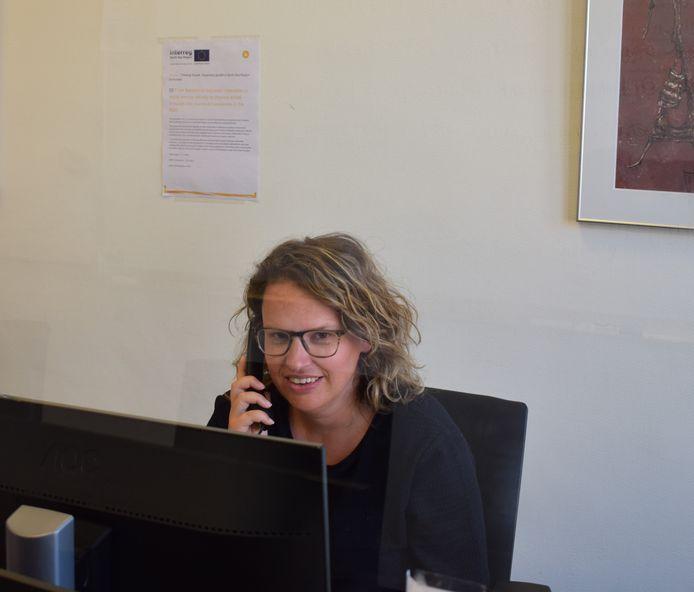 Een medewerker van het callcenter in Turnhout