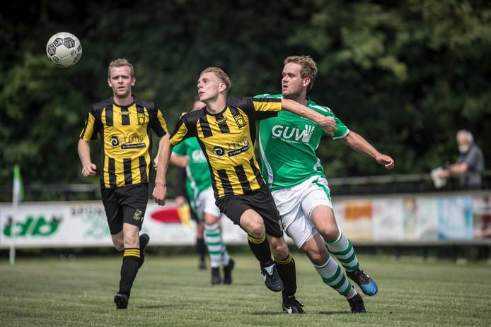 MvR plaatste zich voor de halve finale van de Veltins Cup.