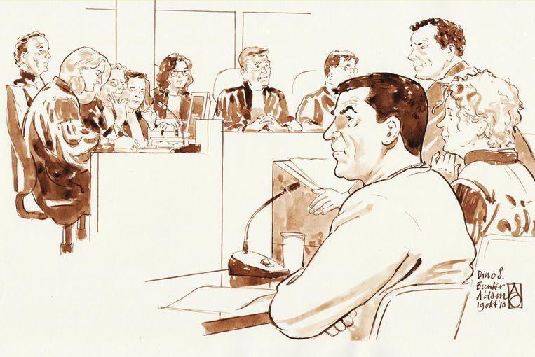 Dino Soerel op een rechtbanktekening uit 2010 Beeld ANP