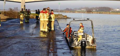 Zoektocht naar vermiste matroos (35) op IJssel na één dag gestaakt: gebied te groot
