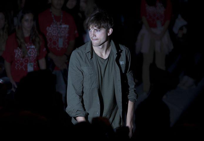.LOS ANGELES - In Los Angeles is donderdag de rechtszaak gestart tegen de 'Hollywood ripper'. Naar verwachting zal Ashton Kutcher een van de getuigen zijn in de zaak, meldt E!.