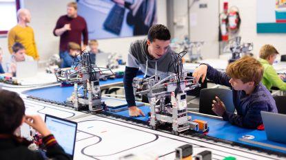 Scholieren leren containerschip lossen dankzij Legoblokjes: nieuwe Lego Studio opent vanaf september deuren in Havencentrum