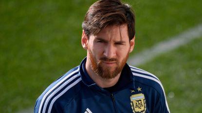 """FT buitenland (30/03): """"PSG bereikt akkoord met Duitse trainer"""" - Messi neemt jeugdidool mee naar WK - Courtois nu ook onzeker bij Chelsea"""