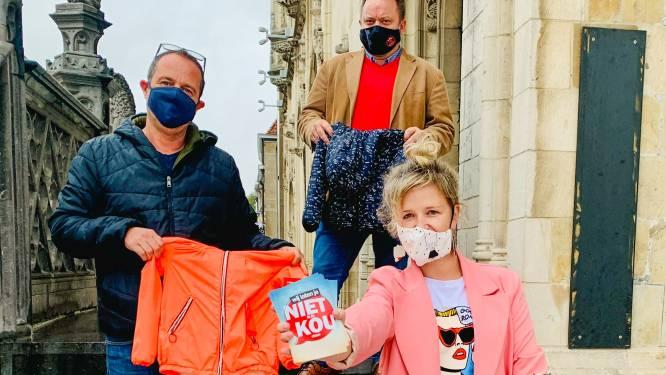 """Inzameling van winterjasjes voor kinderen in Oudenaarde en Wortegem-Petegem: """"We laten deze winter niemand in de kou staan"""""""