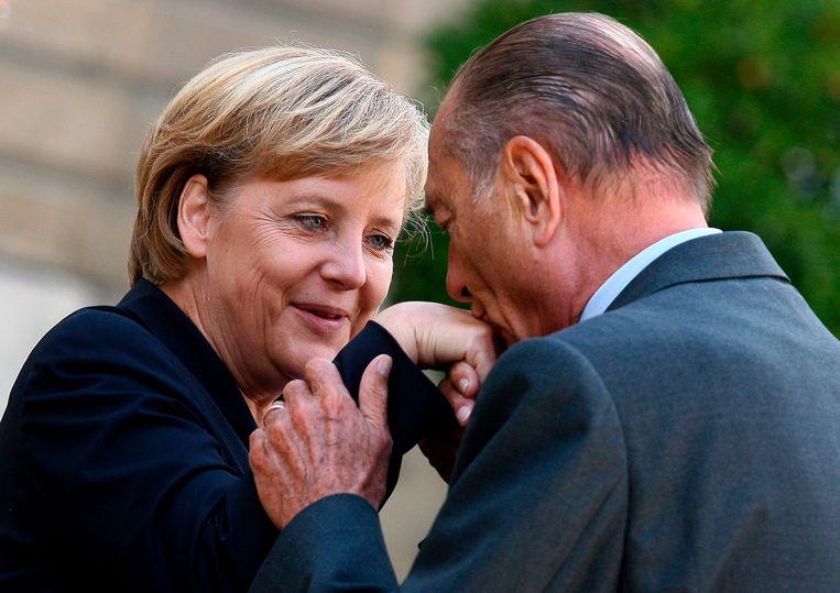 Jacques Chirac met Angela Merkel in 2006