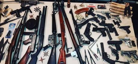 Gorcumer heeft 'heel arsenaal aan wapens' in zijn huis liggen en wordt opgepakt