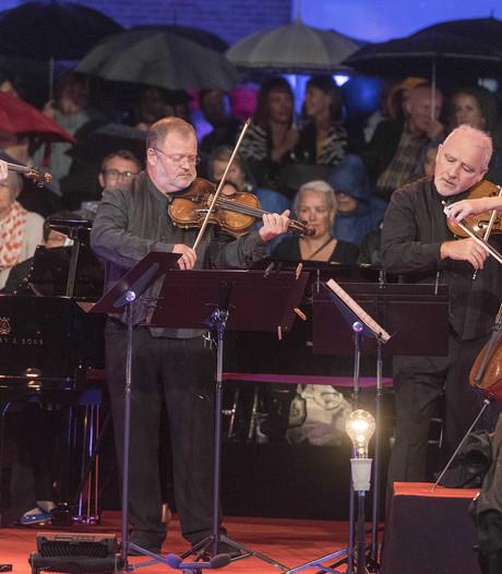 Violist Daniel Rowland slaapt in Twente na Prinsengrachtconcert