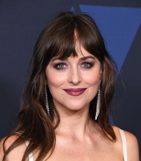 """Dakota Johnson a conservé un objet coquin du tournage de """"50 Nuances de Grey"""""""