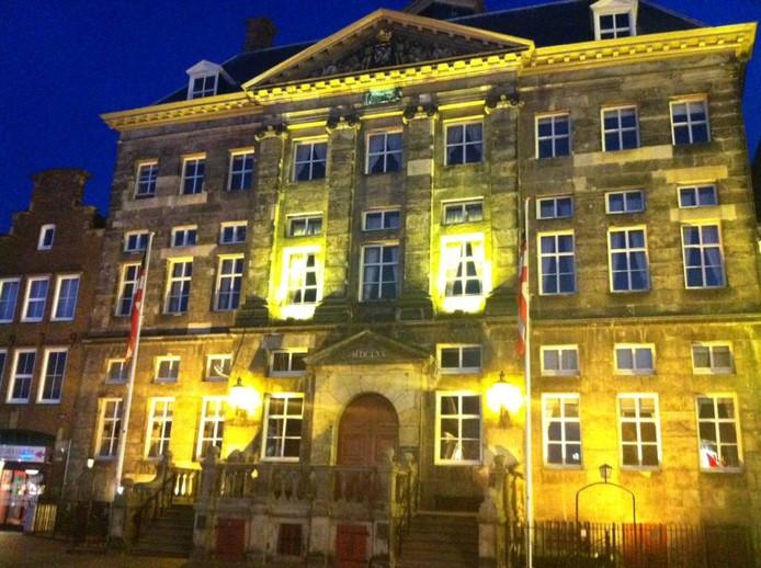 Het stadhuis van Den Bosch op de Markt.
