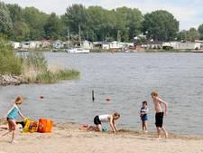 Plan om helft stranden Dronten af te stoten stuit op verzet