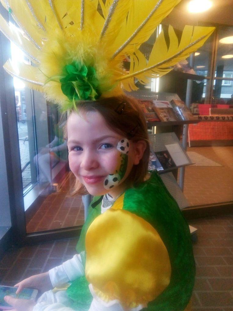 Shirley kreeg de kans om mee te figureren tijdens het Aalsterse carnaval, voor de vierde Kampioenen-film die in december uitkomt.