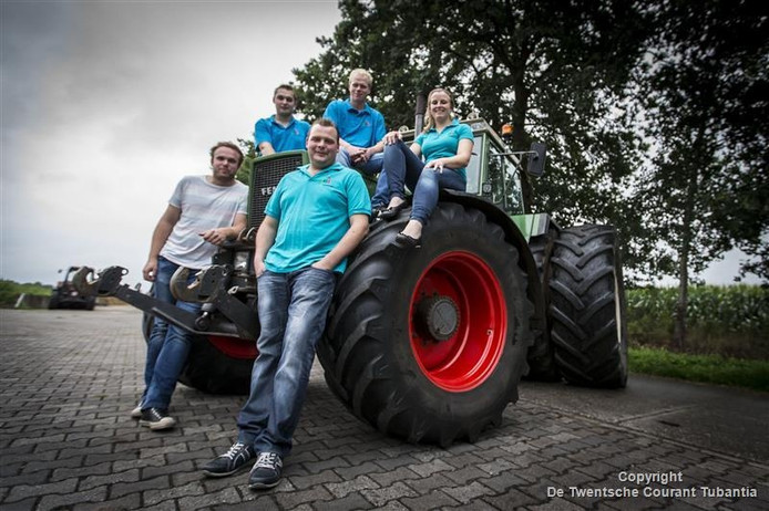 De organisatoren van AJK Tubbergen van links naar rechts: Hans Ormel, Stef Frons, Ruud Kreuwel, Ton Mentink en Eline Spalink.