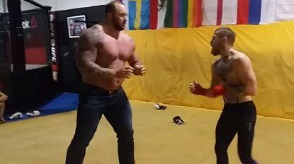 Zo'n 105 kilo en 30 cm verschil: 'The Mountain' uit Game of Thrones aast op kooigevecht met Conor McGregor
