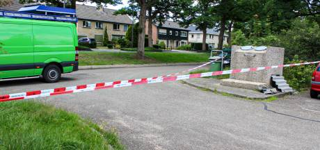 Politie doet onderzoek naar gedumpte platen asbest