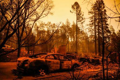 Aantal slachtoffers bosbranden in Californië loopt op tot vijftig, maar ook nog altijd honderden vermisten