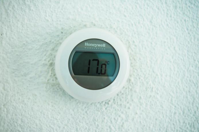 De aardwarmte kan gebruikt worden voor het verwarmen van huizen.
