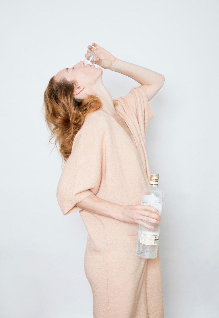 'Als je een borrel nodig hebt tegen je kater, ben je gewoon een alcoholist in ontkenning' Beeld Lotte Bronsgeest