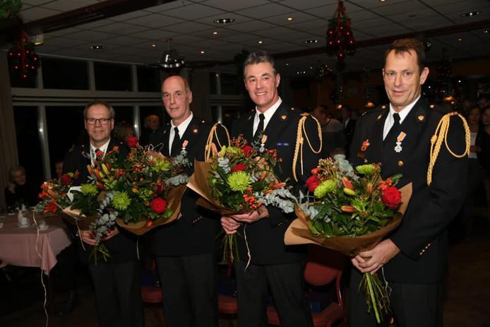 Samen zijn ze goed voor 123 jaar brandweer: Ben Aarens, Twan Kuijpers, Adrie van Erp en Mario van Uden van de post Ravenstein.