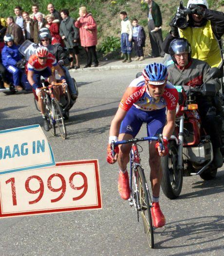 Michael Boogerd krijgt fietsles van Frank Vandenbroucke