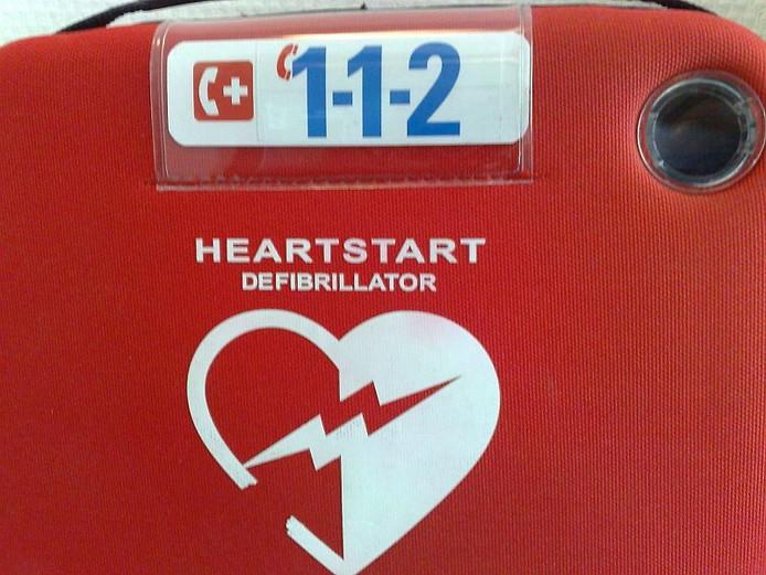 Een AED defibrilator