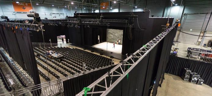 Tijdelijk theater in de Brabanthallen